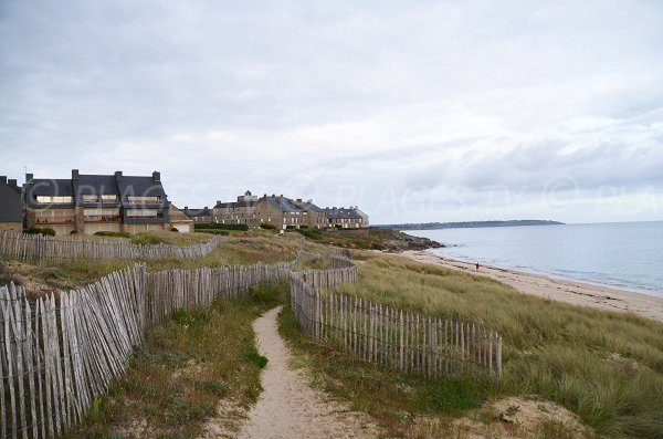 Fogeo beach and ramparts of Kerjouanno