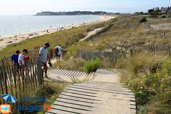 Access to Fogeo beach in Arzon