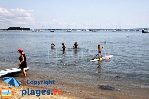 Paddle et baignade sur la plage de Fontaine Varia - Ile d'Arz
