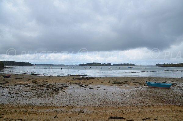 Vue sur le golfe du Morbihan depuis la plage des Fontaines - Arzon