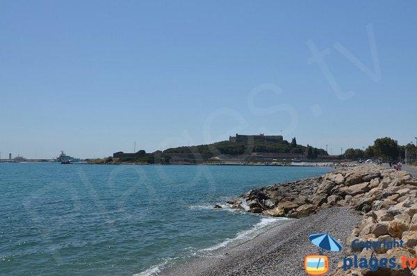 Fin de la plage de la Fontonne - Antibes