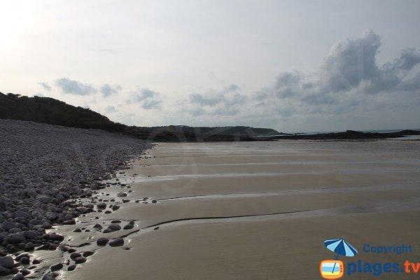 Sabbia della spiaggia Fosse d'Eyrand a Erquy