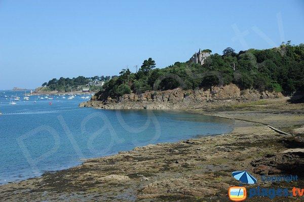 Fours à Chaux beach in Saint Malo