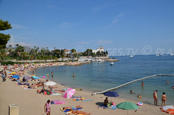 Photo of Fourmis beach in Beaulieu sur Mer in France