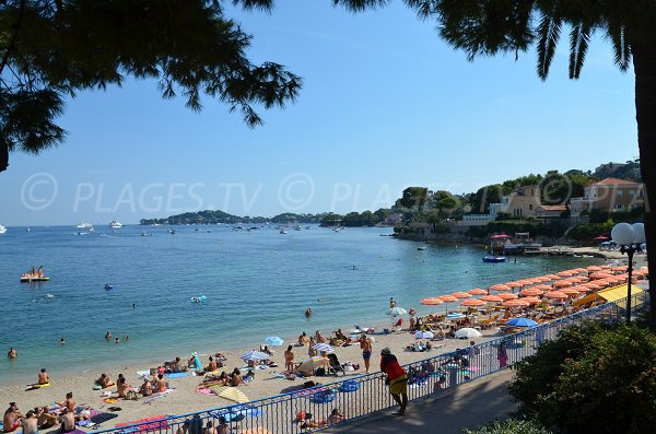Beaulieu beach - Fourmis bay and view on Cap Ferrat
