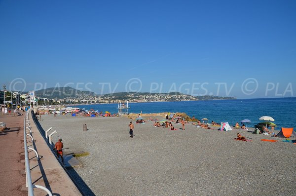 Supervised beach near Nice Fabron