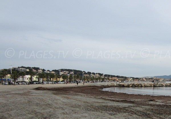 Plage de sable à Six Fours à proximité de Sanary sur Mer