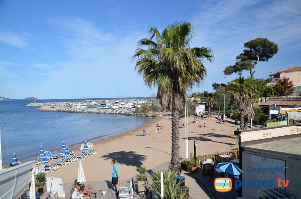 Photo of the Galiote beach in Saint Aygulf in France