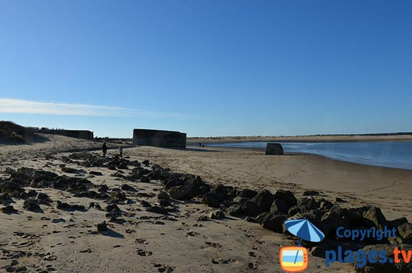 Blockhaus sur la plage du Galon d'Or à La Tremblade