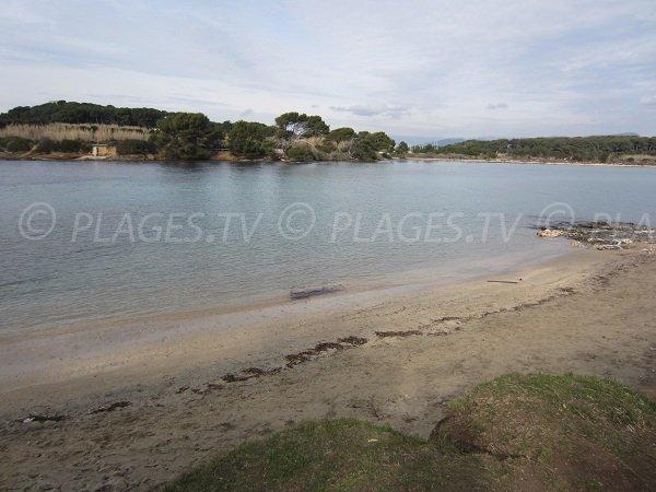 Spiaggia a Six Fours les Plages - Isola del Gaou