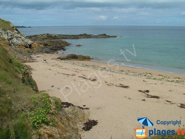 Plage de sable au niveau de la pointe Guérin à St Briac sur Mer