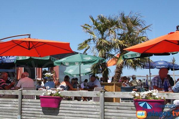 Restaurant sur la plage de Brignogan