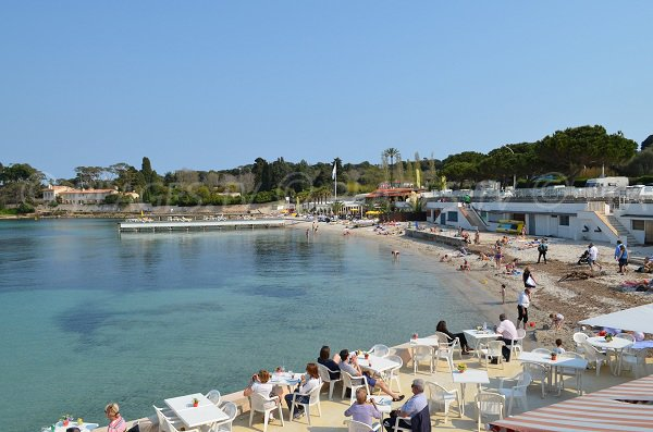 Garoupe beach in Antibes in April
