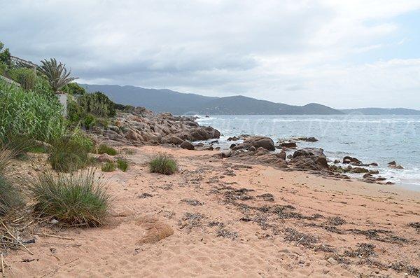 Plage de Ghiatone partie sud - Golfe d'Ajaccio