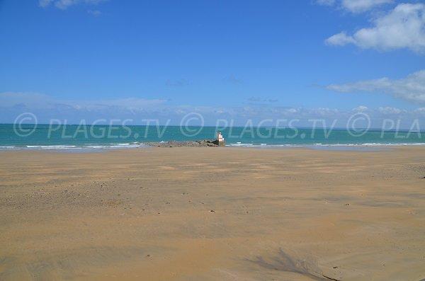 Poste de secours de la plage des Godelins à Etables sur Mer
