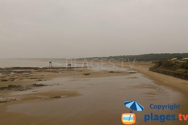 Vue sur la plage de Roussellerie depuis la plage de Gohaud