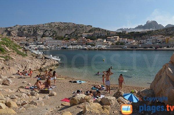 Petite plage des Goudes à Marseille