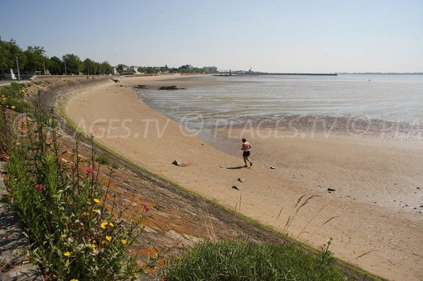 Beach in the bay of St Nazaire