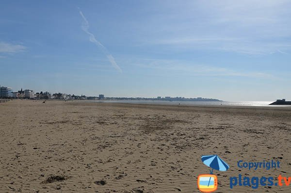 Largest beach in Royan