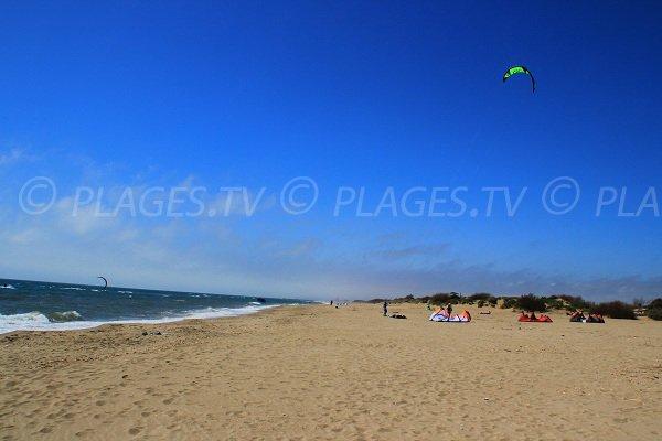 Plage à Sérignan où l'on peut pratiquer le kitesurf