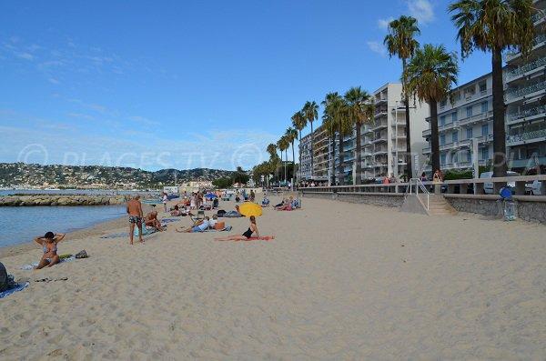 Spiaggia ovest di Juan les Pins