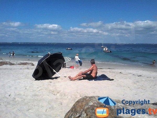 Vue sur le continent depuis la plage des Grands Sables - Ile de Groix