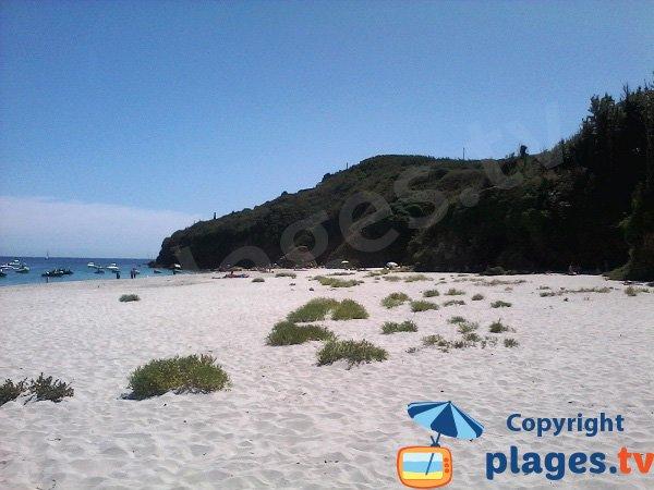 Cliffs around Grands Sables beach of Groix