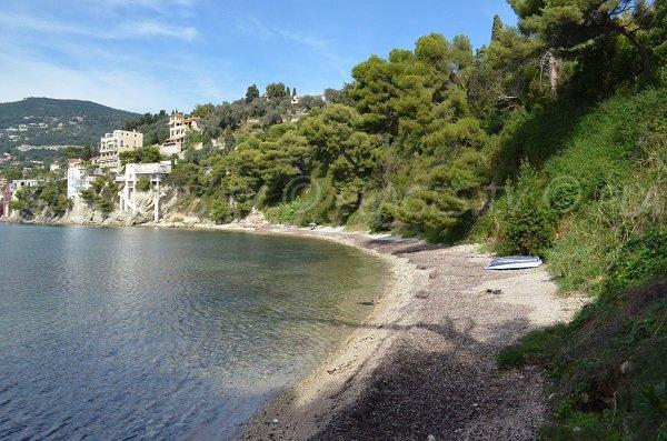 Plage à côté de la plage Passable au Cap Ferrat