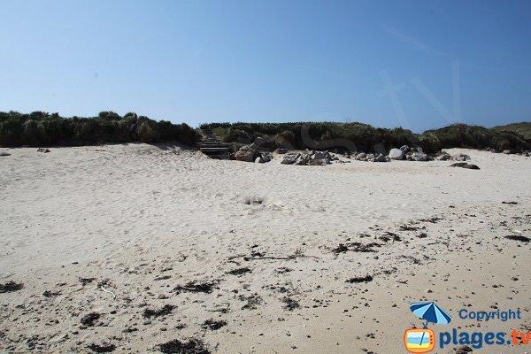 Accès à la plage de la Grenouillère de Cléder