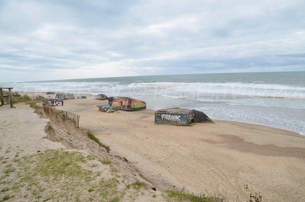 Blockhaus sur la plage du Gurp à Grayan