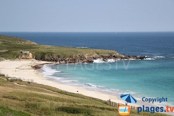 Belle plage à Plouhinec dans le Finistère sud