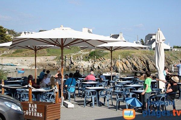 Restaurant à proximité du port de Porz-Poullan
