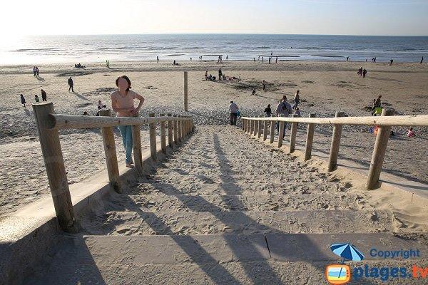 Escaliers sur la plage d'Hardelot