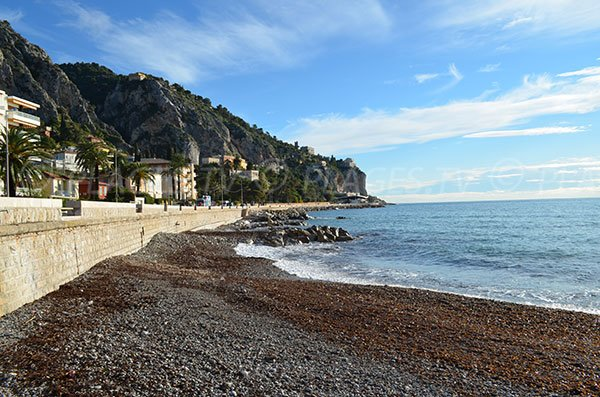 Beach in Menton nearly Italian border