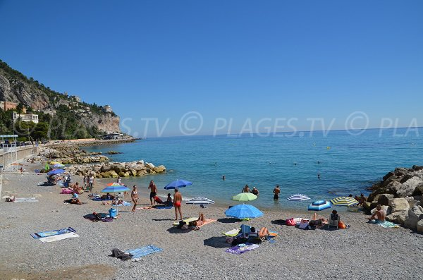 Hawai beach in Menton (France) - view on Italy