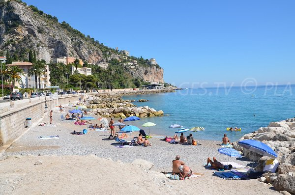 Photo de la plage Hawai de Menton en été