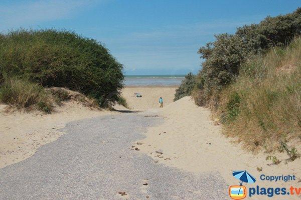Sentier de la plage des Hemmes