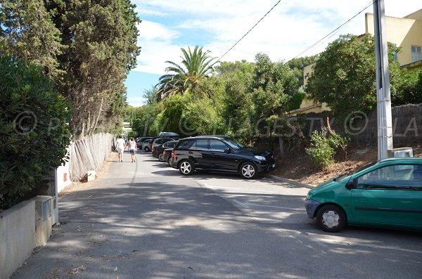 Parking ouest de la plage d'Héraclée