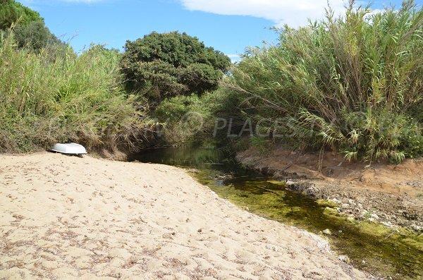 Ruisseau de la plage d'Héraclée