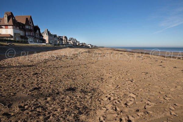 Plage d 39 hermanville hermanville sur mer 14 calvados for Caen la mer piscine