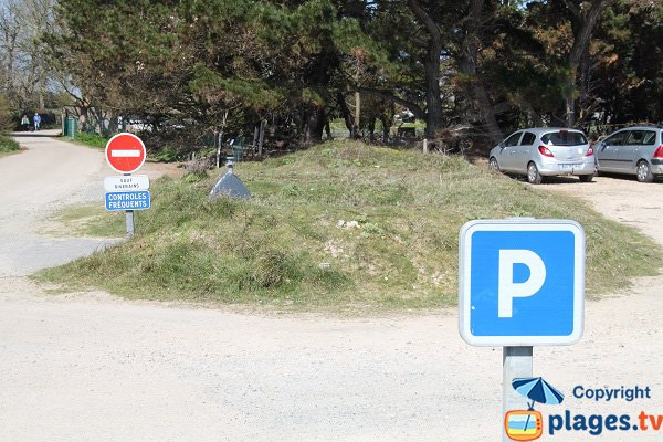 Parking of Callot island - Carantec