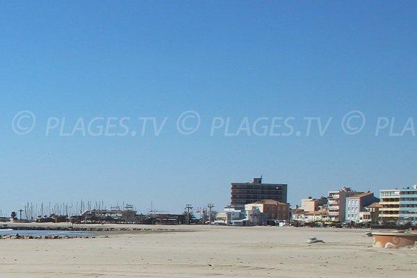 Beaches of Sarrail and Hotel de Ville in Palavas