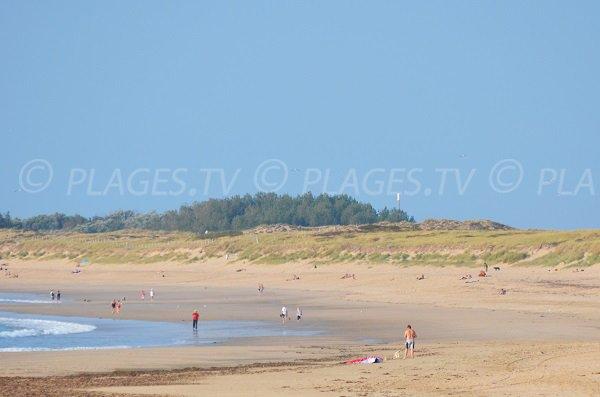 Grande plage de sable à St Denis d'Oléron