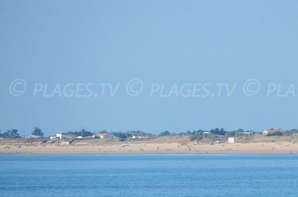 Huttes beach in St Denis d'Oléron