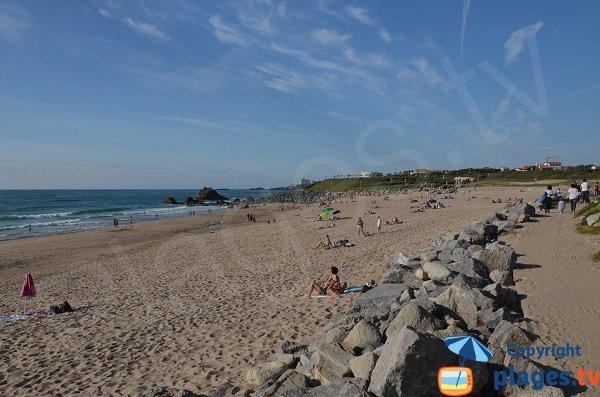 Promenade le long de la plage d'Ilbarritz