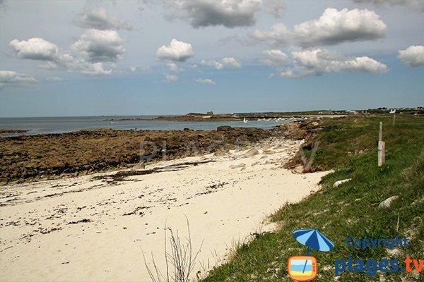 plage de l'Ile Ségal à Plouarzel à marée basse