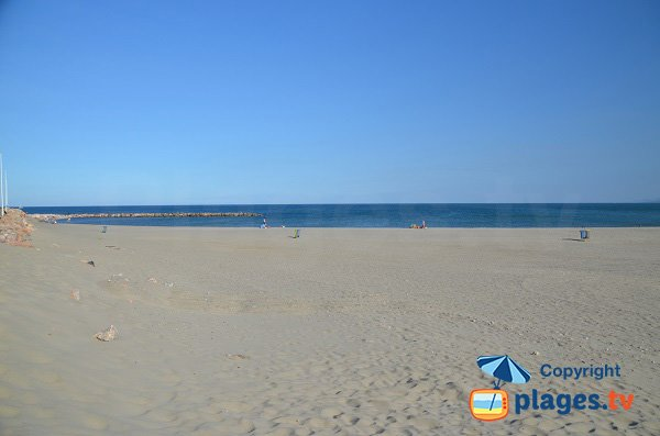 Spiaggia Jetee a Canet en Roussillon - Francia