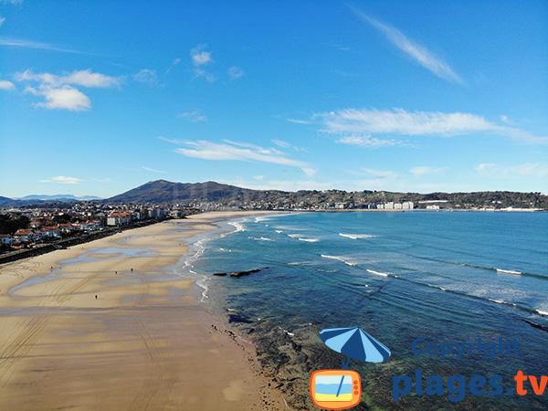 Grande plage d'Hendaye, vue sur l'Espagne