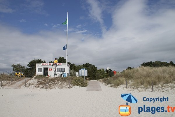 Poste de secours de la plage de kerambigorn - Bretagne