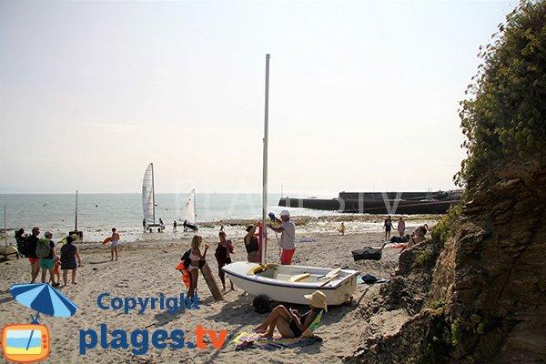 Vue sur le port aux Moines depuis la plage de Kerfago de Saint Gildas de Rhuys